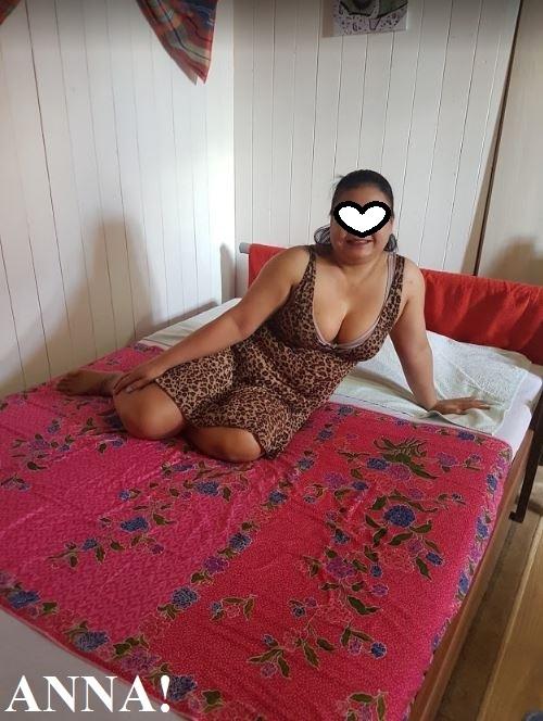 Erotikanzeige von NEU THAI ANNA MIT TEAM BEI THAI ANGELS IN HENDSCHIKEN