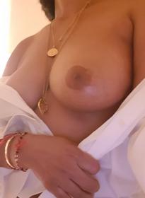 Sexy diplomierte Masseurin für intensive Erotik - RANIA 32697988